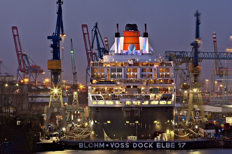 Queen Mary 2 2