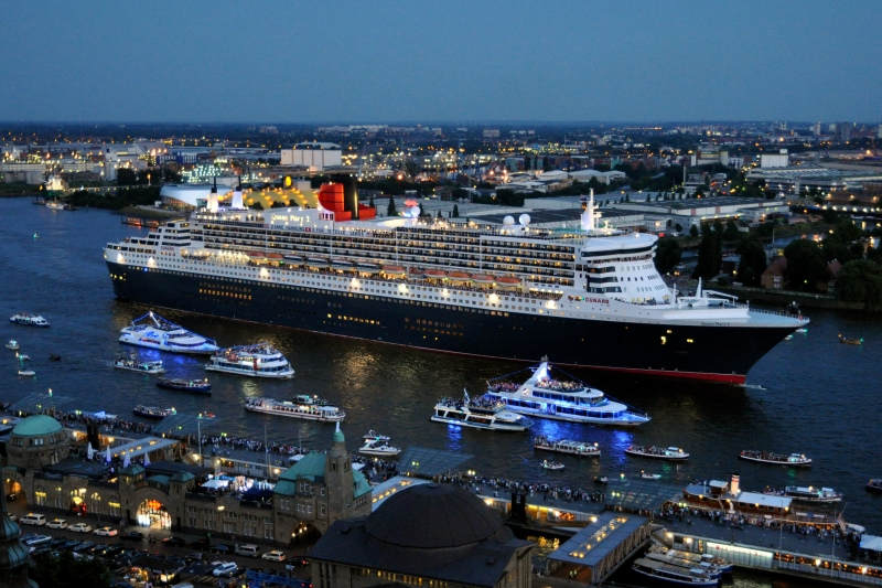 Queen Mary 2 4
