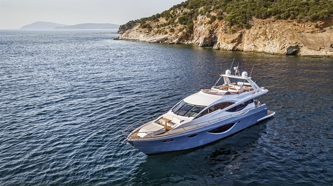 Luxury Yachts and Sailboats 1