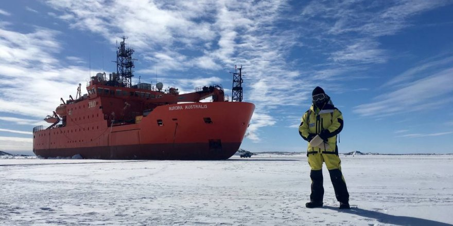 AAD medevacs an Antarctic expeditioner from US base in Antarctica
