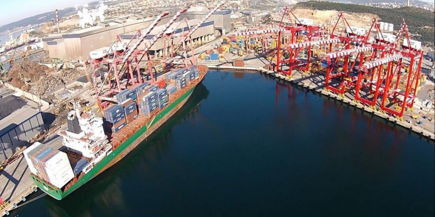 YILPORT Holding orders 4 new STS cranes for Liscont
