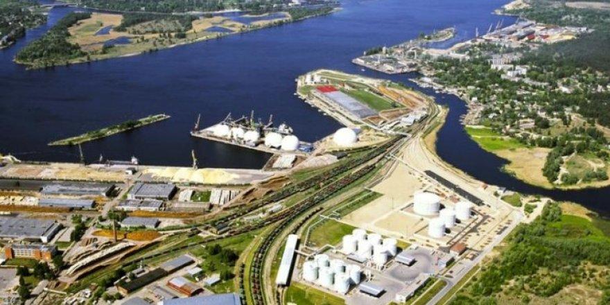 Cargo vessel traffic in Riga port not interrupted