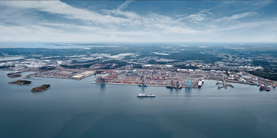 Port of Gothenburg remains open despite Covid-19