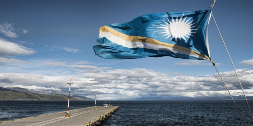 Republic of the Marshall Islands warns companies about treating seafarers