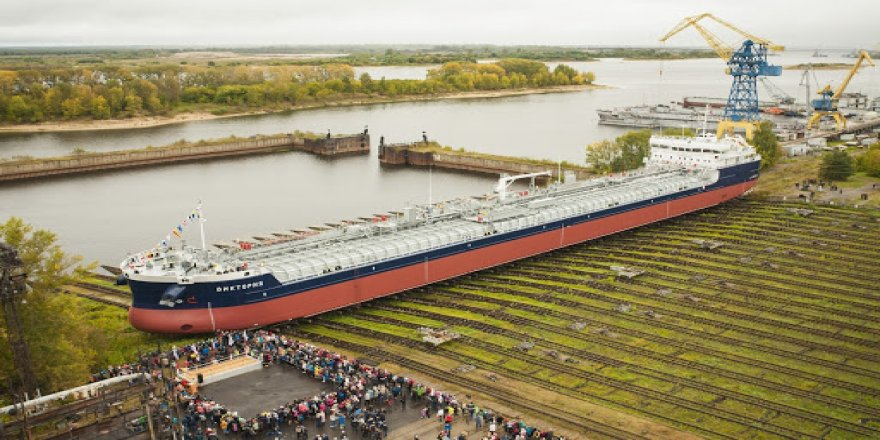 Krasnoye Sormovo to build three RSD59 design ships