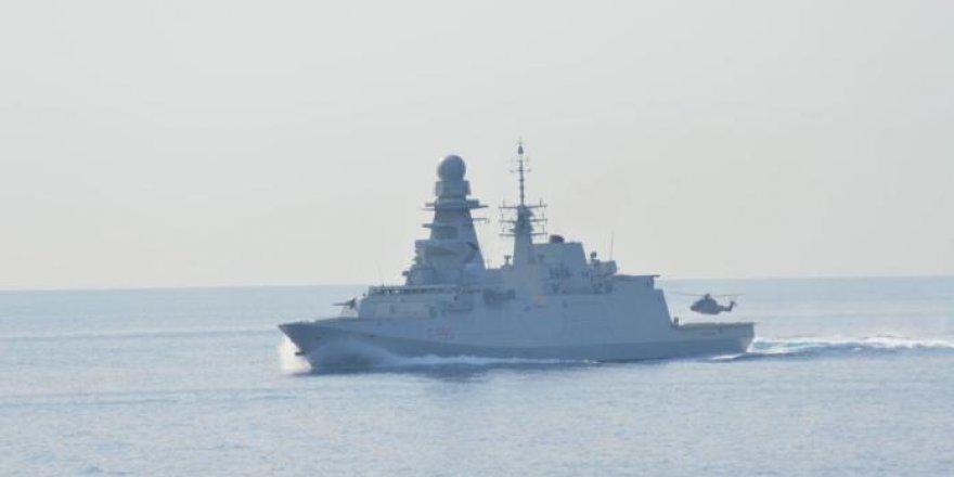 Italian frigate Luigi Rizzo attacked by pirates