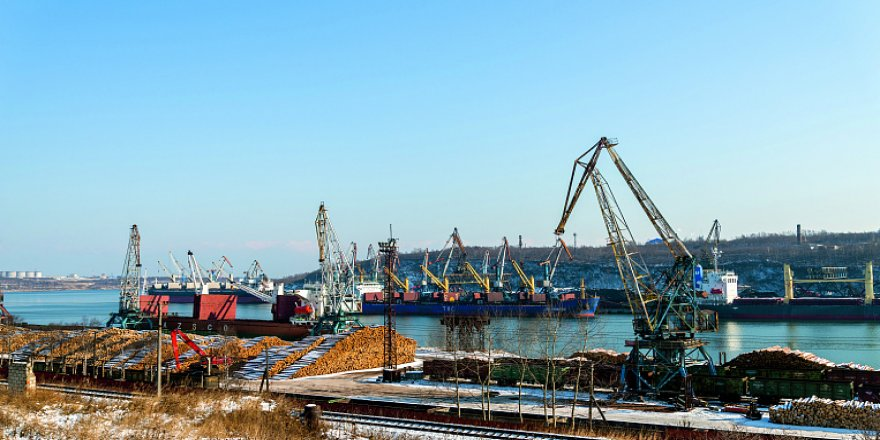 Vanino Seaport finished its icebreaker support period
