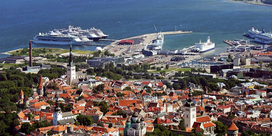 Ferry link between Tallinn and Helsinki partly reopened