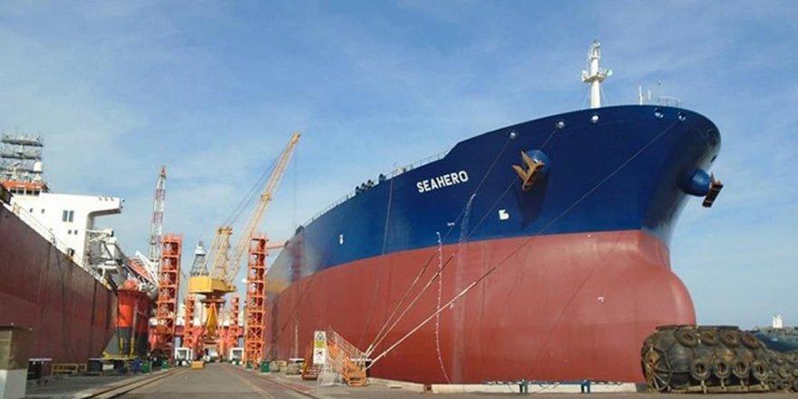 US blacklists four shipowners