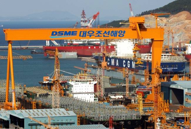 Daewoo wins 900 billion-won order from Europe