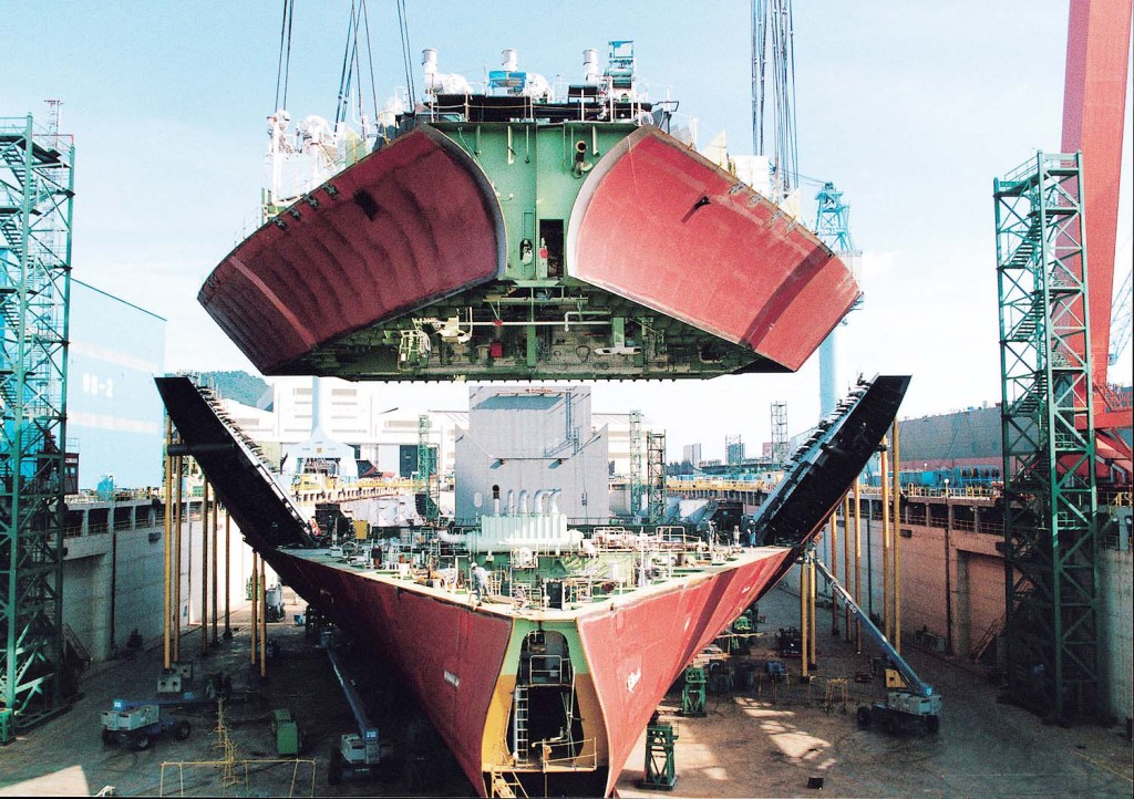 Korean shipbuilders lag far behind Chinese rivals