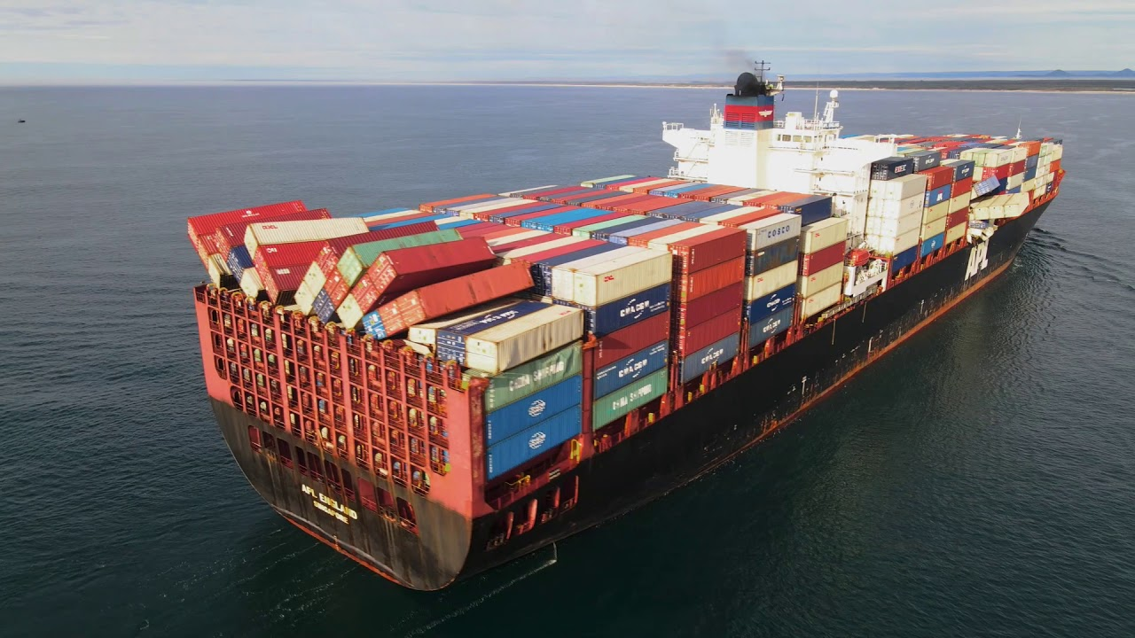 Australia wants shipowner to recover lost containers