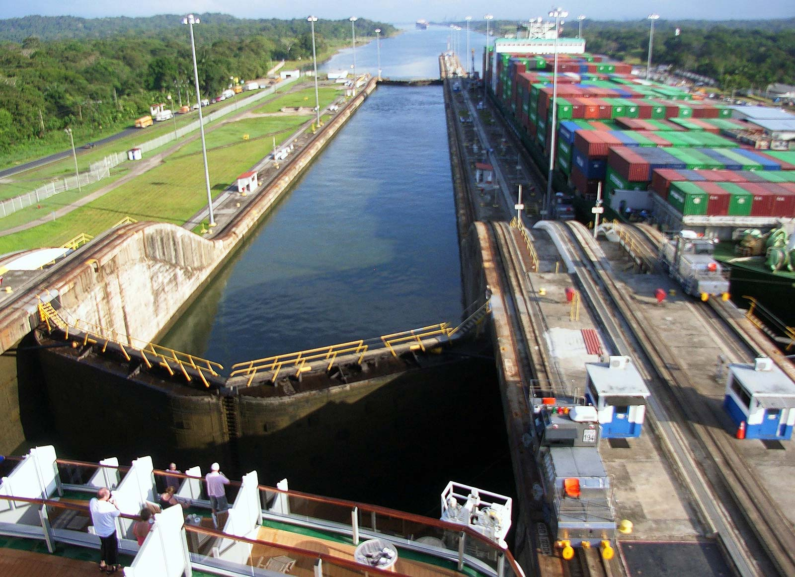 Panama Canal sees a 21% decrease in pandemic crossings