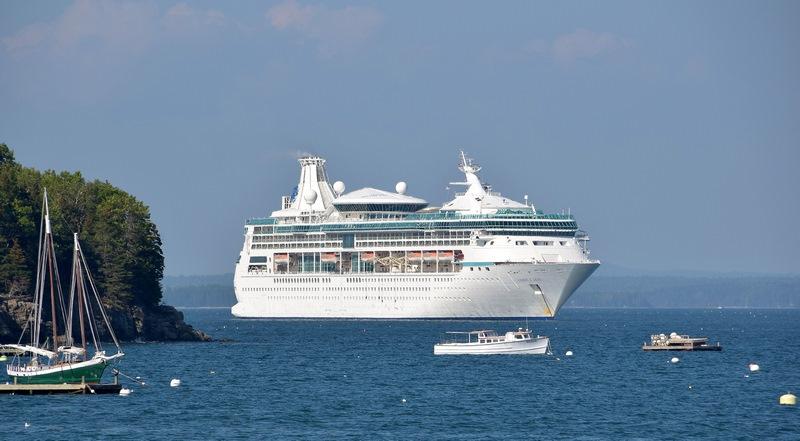Bar Harbor to refuse cruise ships
