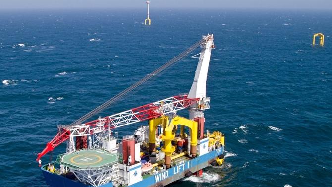 Bremen firm wins wind jack-up management deal