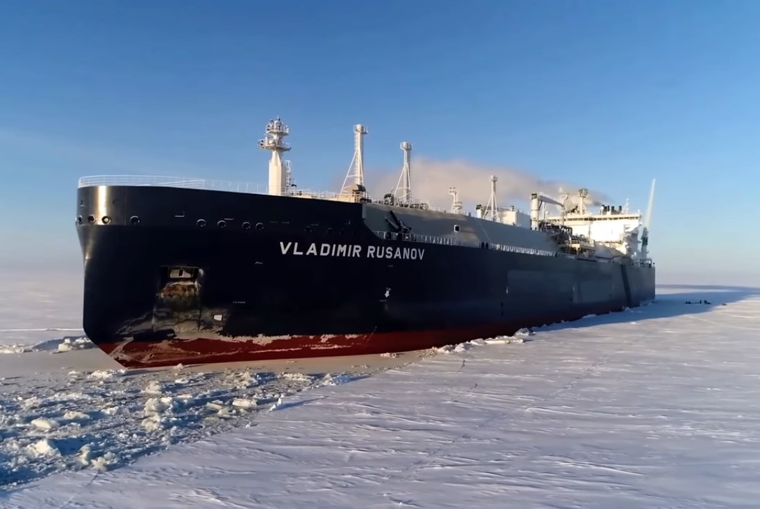 Ice-breaking LNG carrier 'Vladimir Rusanov' makes first call at Japan