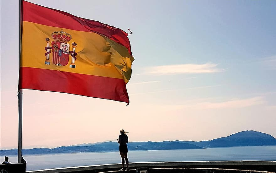 European Commission backs Spanish LNG bunkering projects