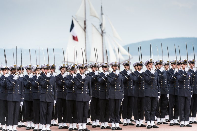 France to increase military presence in Mediterranean Sea