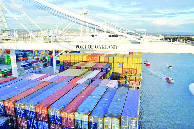 Marine terminal of Oakland Port slashes emissions with electric cranes
