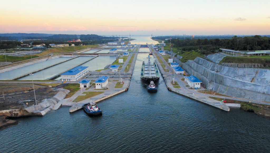 Panama Canal looks for new water management system project