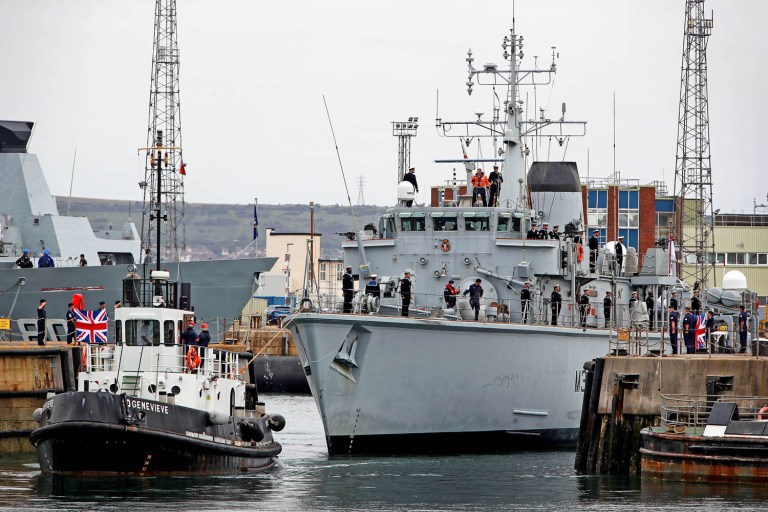 British minesweepers returns from Persian Gulf after 3 years