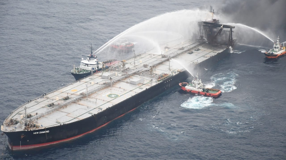 Fire-damaged VLCC tanker became stable and safe near Sri Lanka
