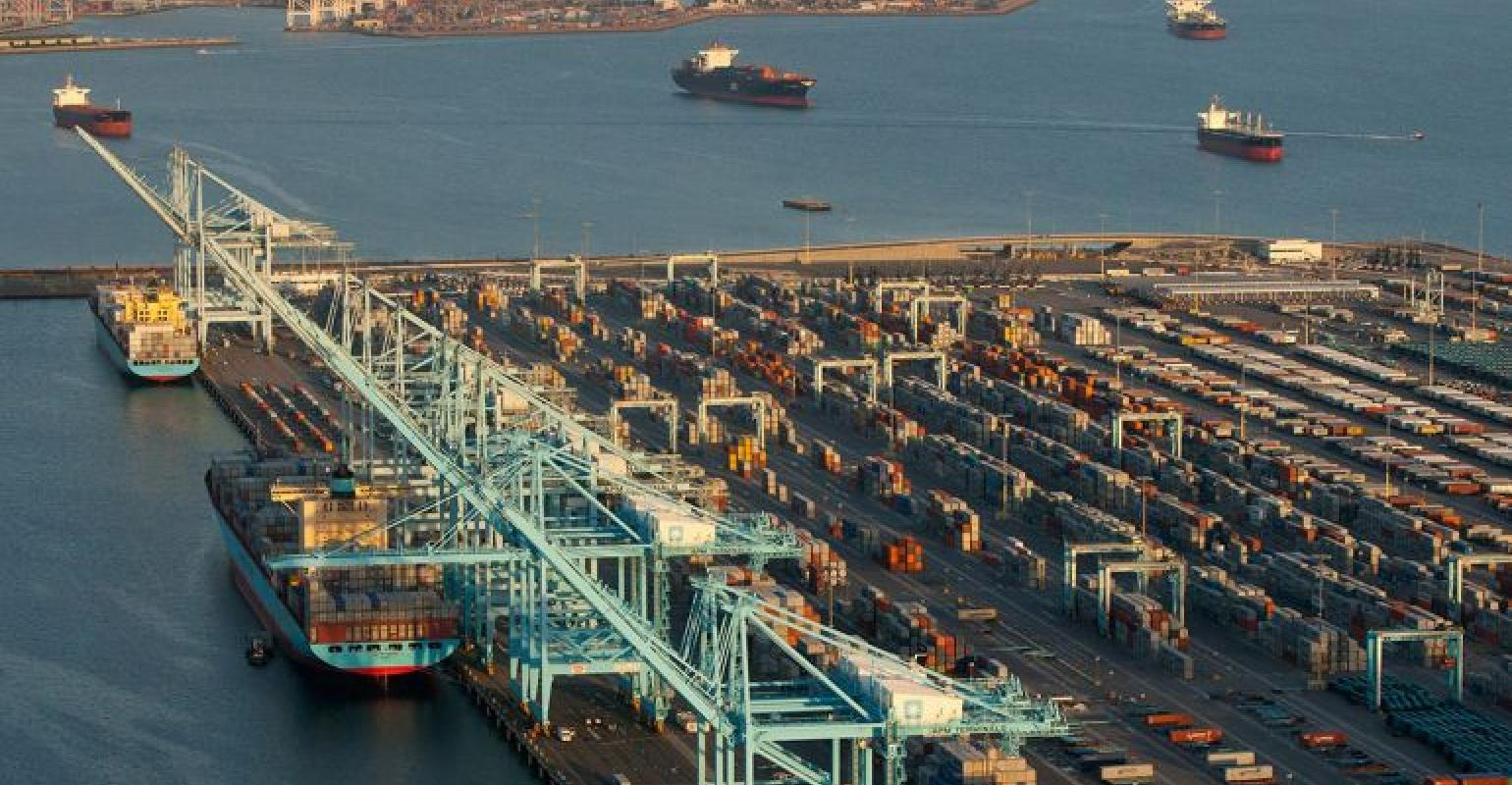 Port of Los Angeles container volumes hit an all-time high in August