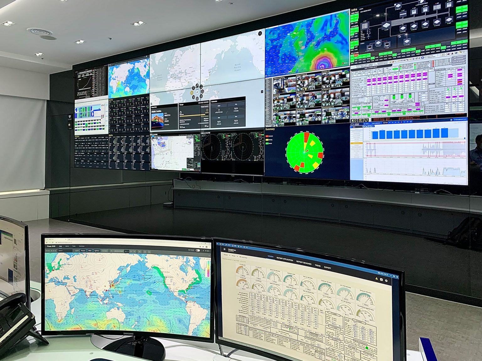 HMM opened its land-based Fleet Control Centre in Busan