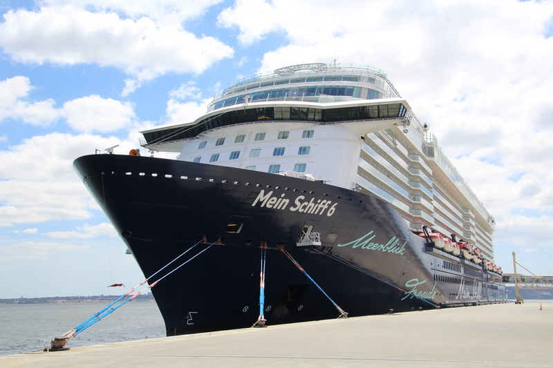 Greek Authorities confirm no cases of the virus aboard Mein Schiff 6