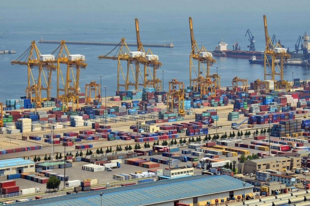 China to open up 10 ports for foreign crew changes