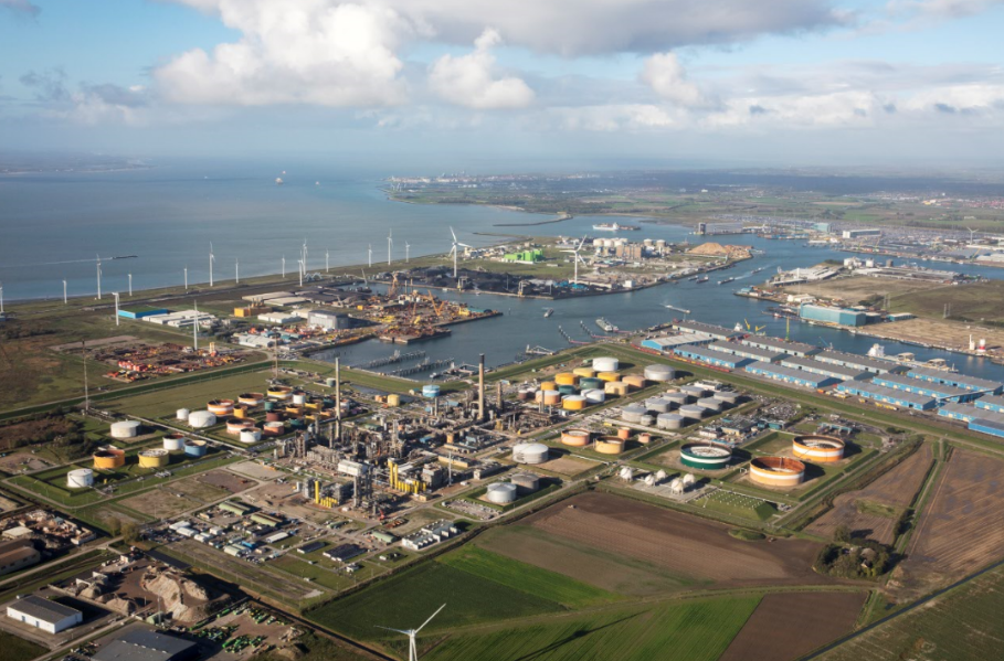 Belgian and Dutch ports look for bids to build shore-based power system