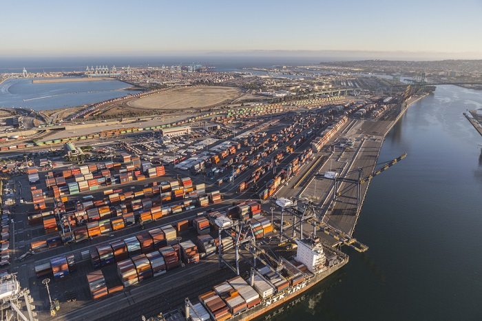 Los Angeles Port starts online permit process