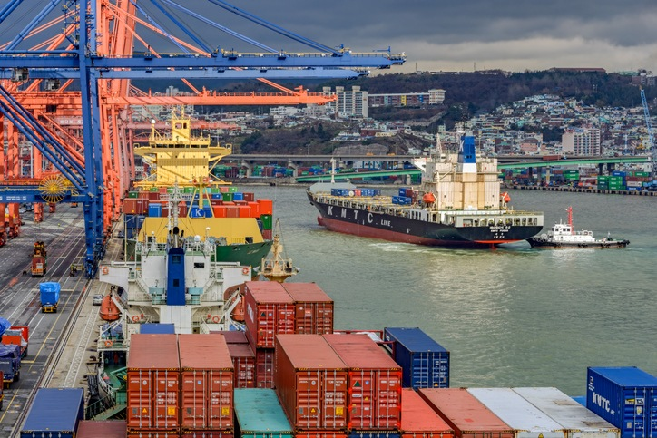 """South Korea to develop """"port-through"""" virus test in Port of Busan"""