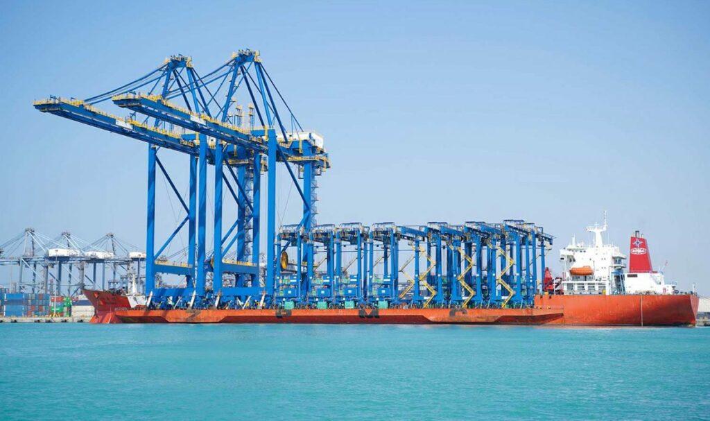 Red Sea Gateway Terminal receives new cranes