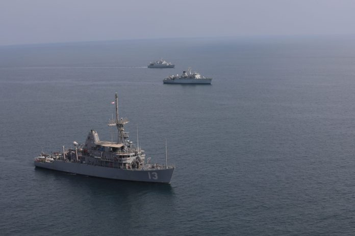 Saudi, UK and US Naval Forces conduct training in the Arabian Gulf