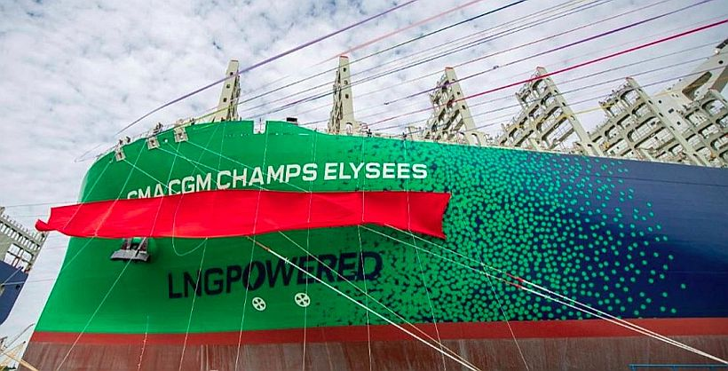 Largest LNG-powered containership reaches Dunkirk