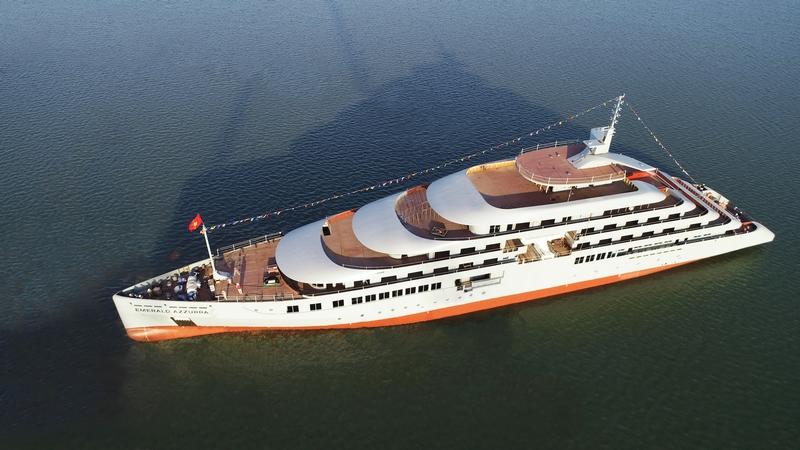 Emerald Cruises' first ocean super yacht Azzurra floats out
