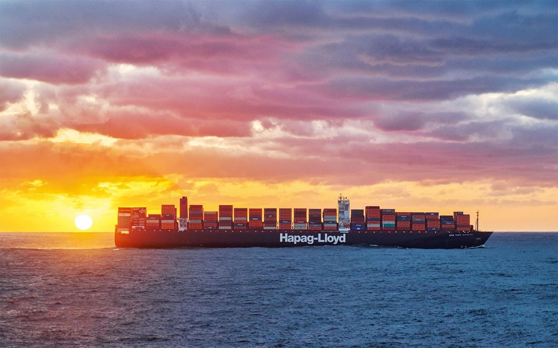 Hapag-Lloyd raises earnings forecast amid