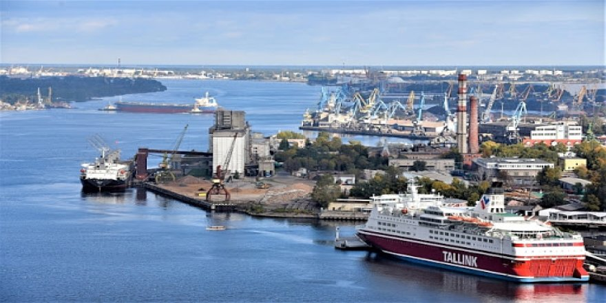 Port of Riga to work with underwater drones