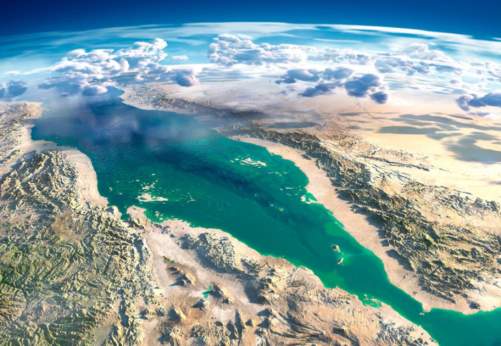 Red Sea faces the risk of becoming an oil-drenched waste