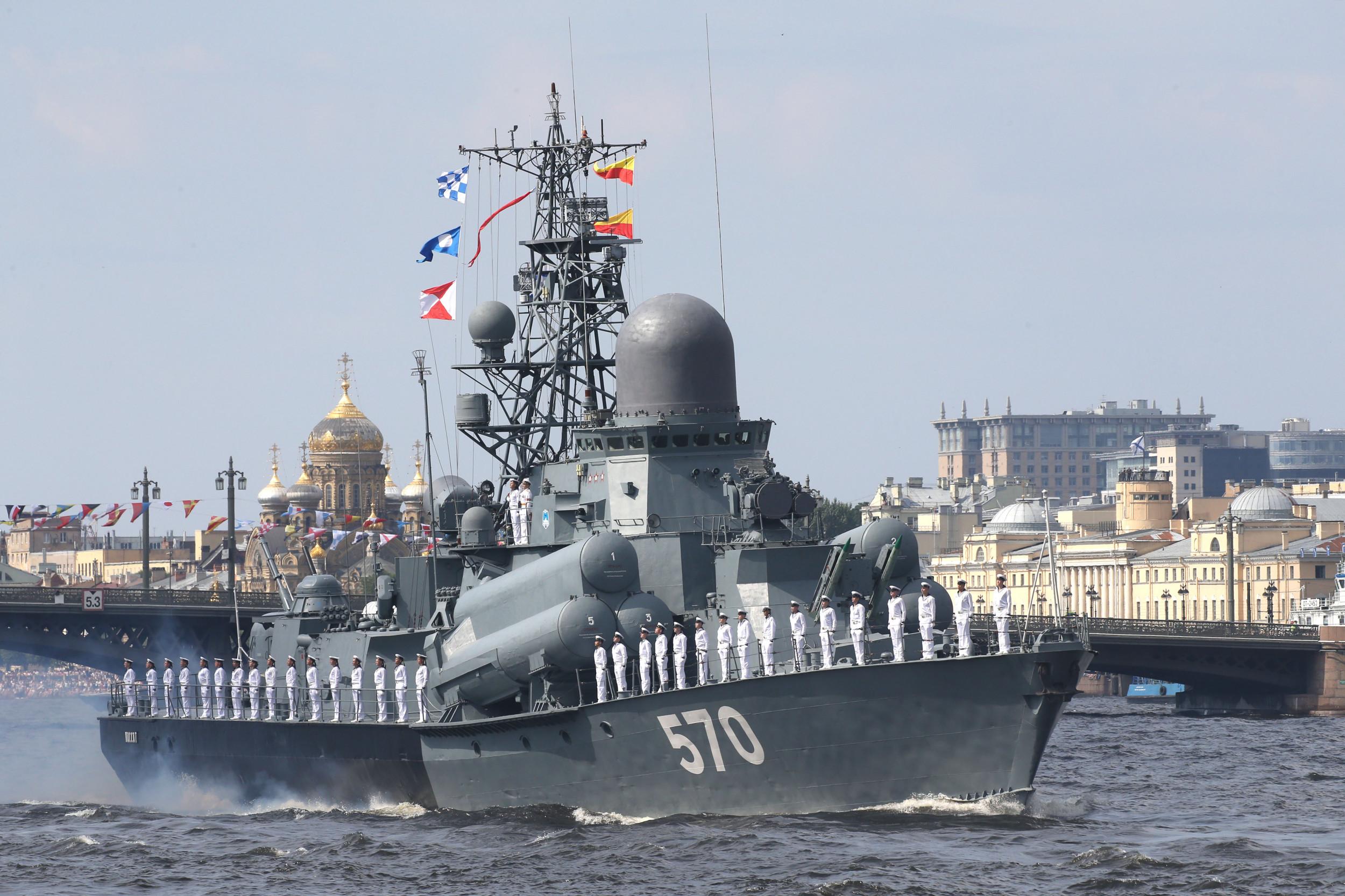 Russian Navy's Baltic Fleet transits Suez Canal