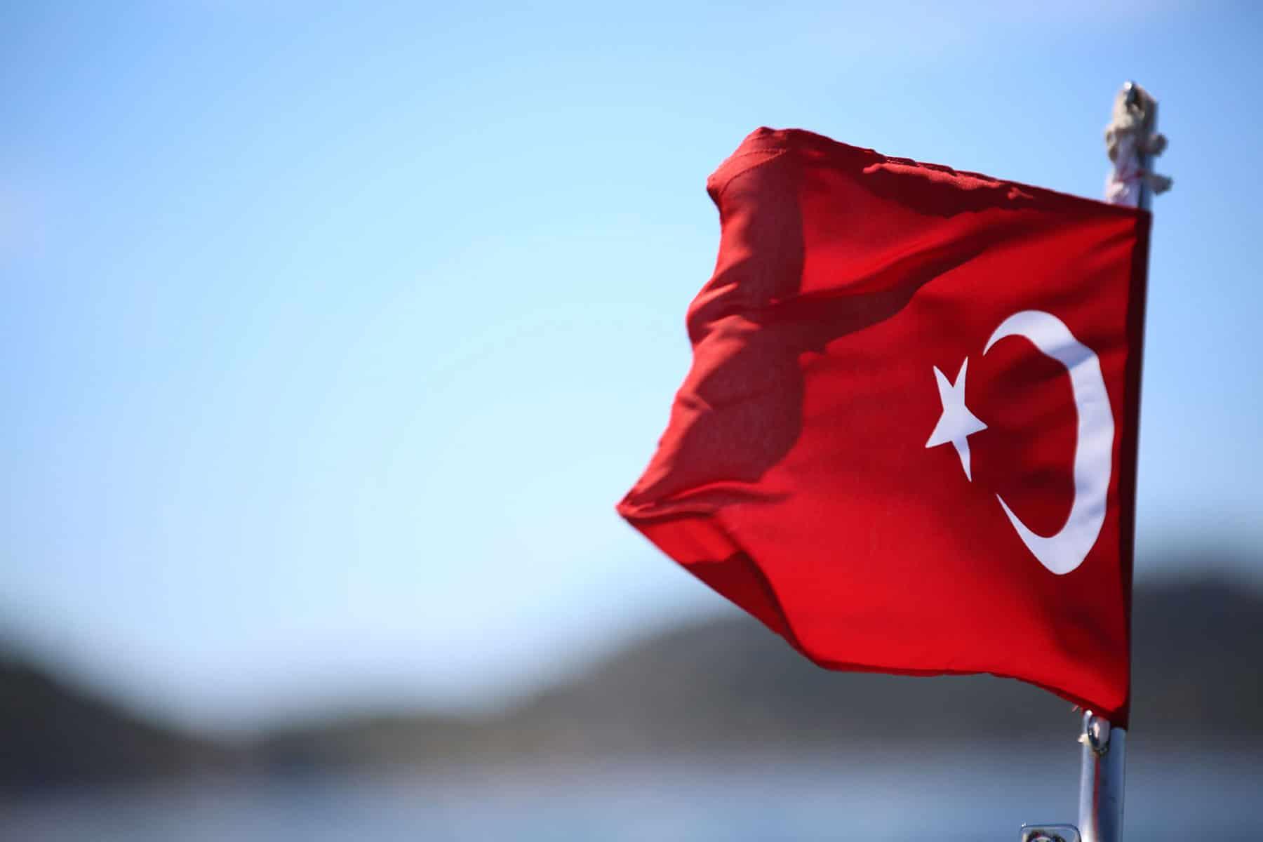Pirates release fifteen Turkish sailors