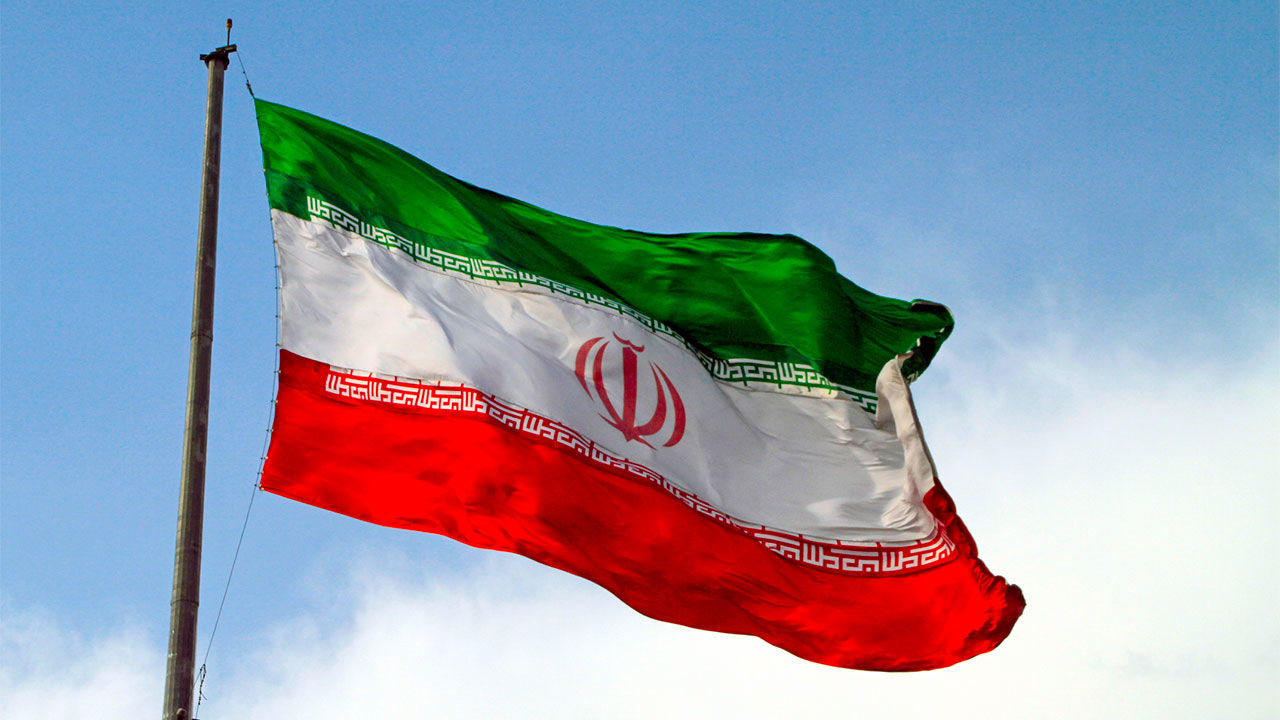 Iranian boxship Shahraz refloated off Batam