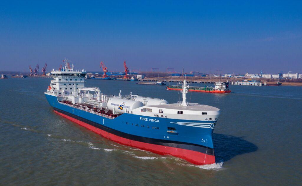 Spanish oil company Repsol reaches milestone as it bunkered Fure Vinga