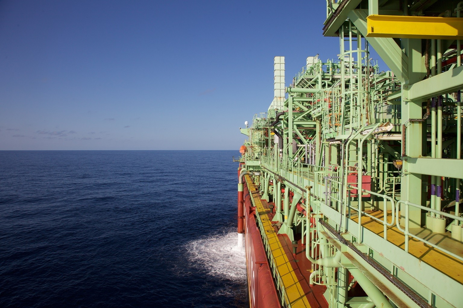 BW Offshore inks $4.6 billion contract with Barossa FPSO