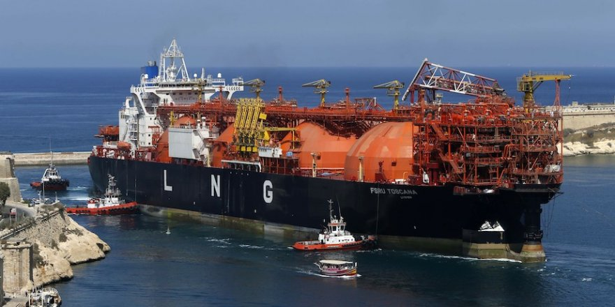 Italian LNG import terminal sells all capacity for 2019/2020
