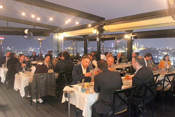 Sing Fuels held a dinner organization for its Turkish business partners