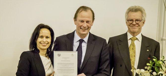 René Berkvens receives KIVI Honorary Medal for outstanding work as a shipbuilder