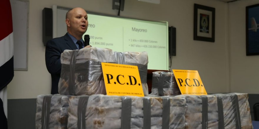954 kilos of cocaine found in a Europe-bound ship