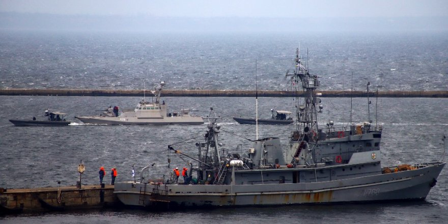 Russia ruined Ukrainian naval vessels before handing them back